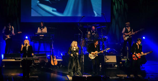 Fleetwood Mac performing during the Rumours tour